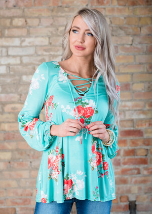Falling Hard Floral Lace Up Top Mint
