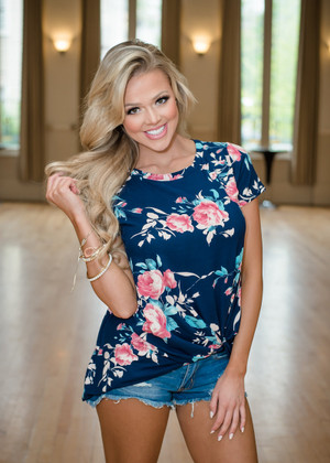 So Knotty Floral Twisted Top Navy