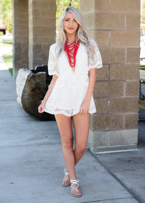Crowd Pleaser Lace Shorts Romper White