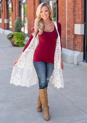 Beautiful Crochet Lace Detailed Overlay Vest Cream