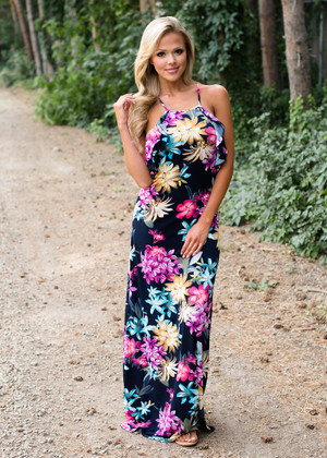 Textured in Floral Ruffle Top Maxi Dress Navy