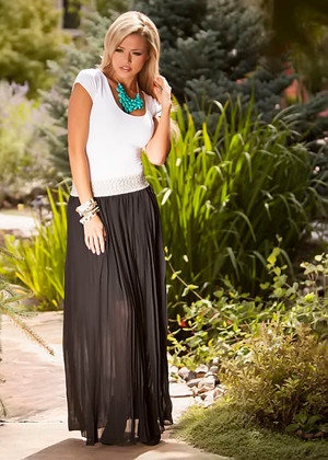 Fanned in Fashion Skirt Black CLEARANCE