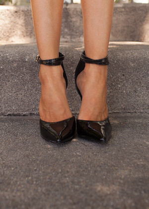 Strappy Pointed Heels Black CLEARANCE