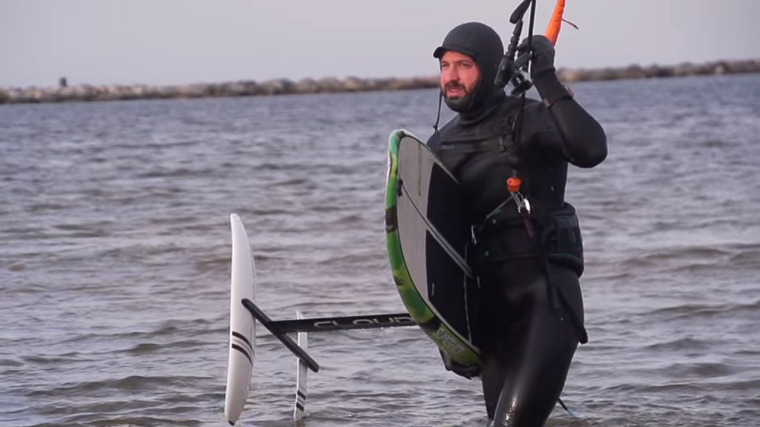 Tucker Vantol - Naish Hover 112 + Thrust Surf L Full Review