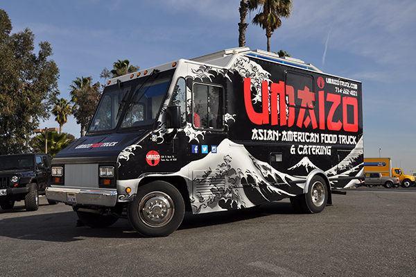-food-truck-3m-flat-wrap-for-umaizo-asian-american-food-truck-and-catering-14.png