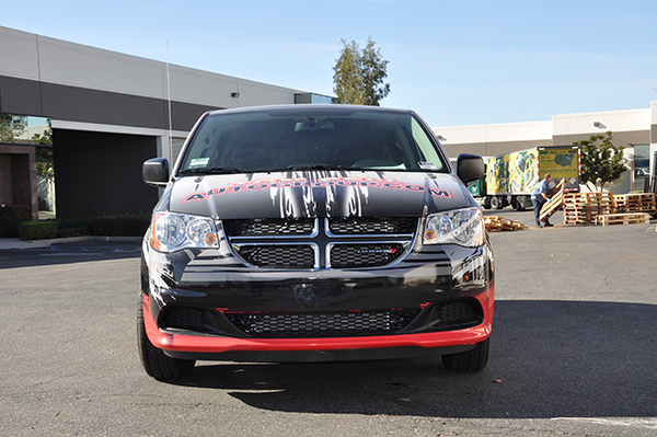 2014-dodge-caravan-3m-gloss-wrap-for-redland-auto-center-11.png