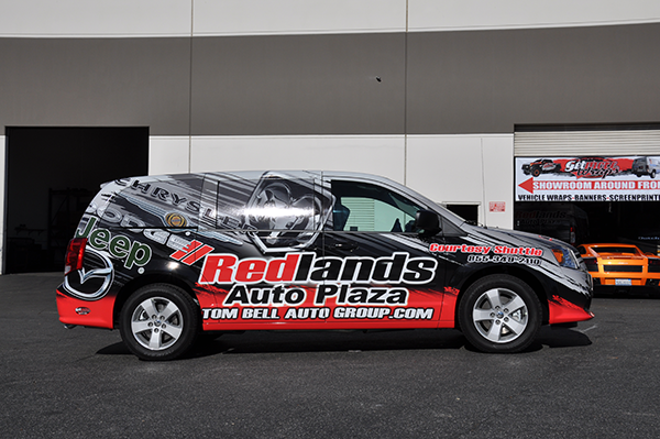 2014-dodge-caravan-3m-gloss-wrap-for-redland-auto-center-12.png