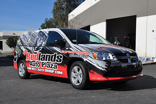 2014-dodge-caravan-3m-gloss-wrap-for-redland-auto-center.png