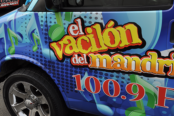 chevy-van-using-gf-for-la-maquina-100.9-radio-station-14.png