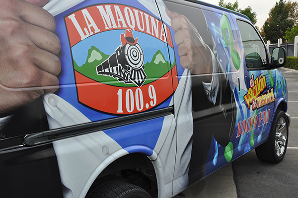 chevy-van-using-gf-for-la-maquina-100.9-radio-station-9.png