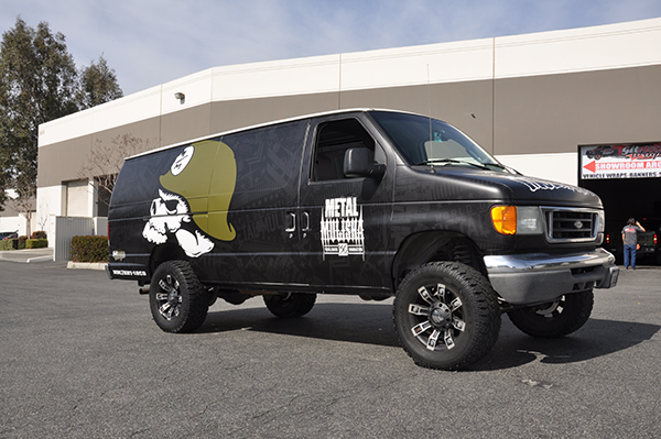 offroad-van-wrap-3m-flat-for-metal-mullisha-12.png