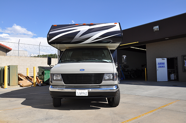 thor-class-c-motorhome-wrap-for-a-family-4.png