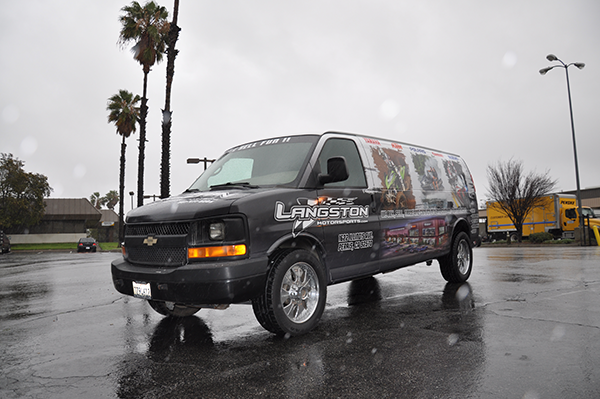 van-wrap-using-gf-wrap-materials-for-langston-mororsports-9.png