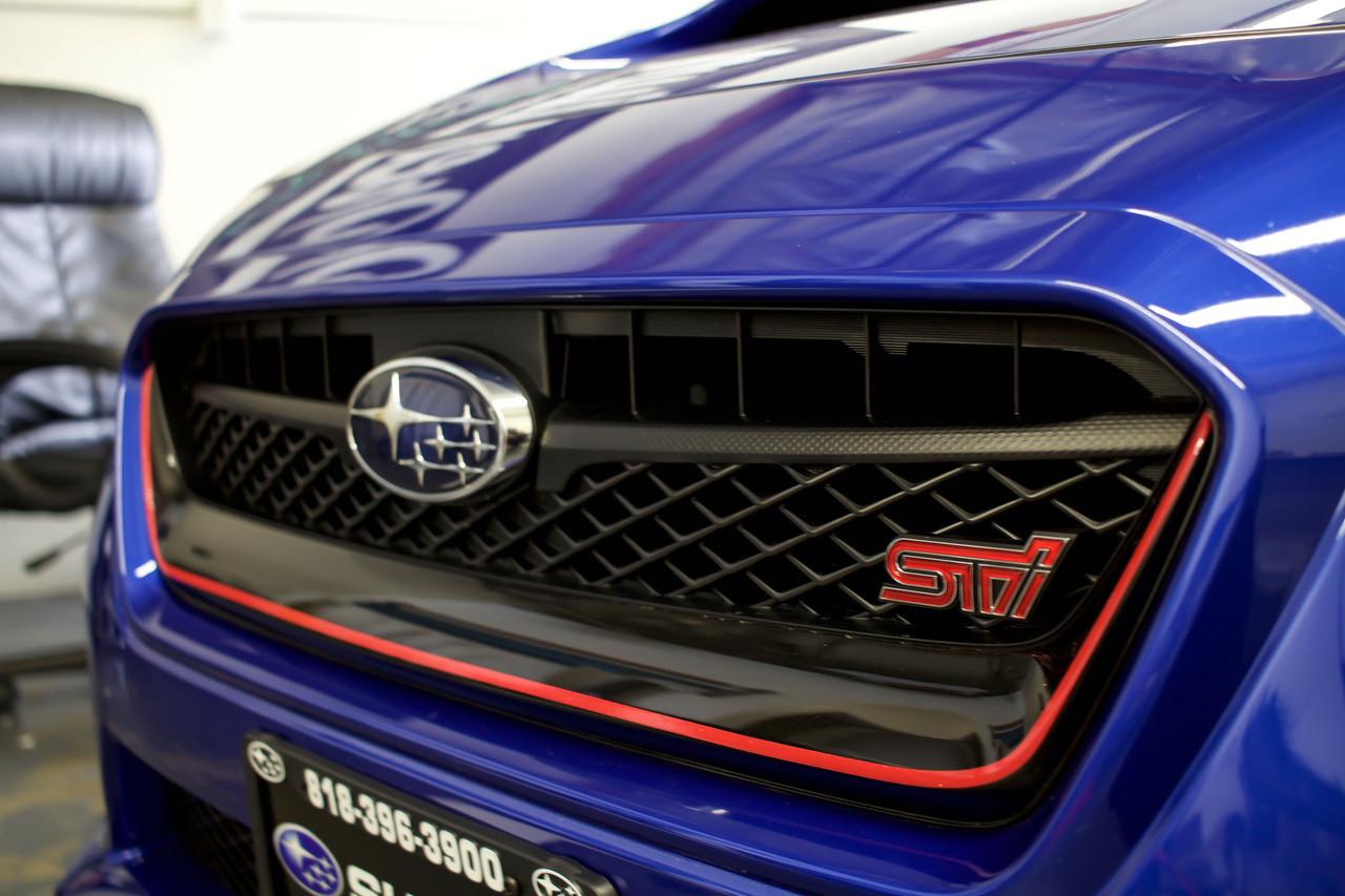 grille pinstripe  style   wrx sti premium auto styling