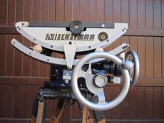 Mini MITCHELL 3-Speed Geared Tripod Head