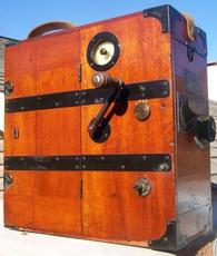 Bioscope Cinematograph Wood Hand Crank 35mm Movie Camera