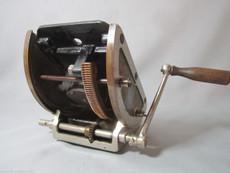 Geared Tripod Head  for 35mm Movie Cameras