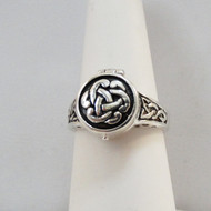 925 Sterling Silver Celtic Knot Poison Ring