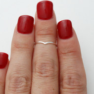 Chevron Midi Ring - 925 Sterling Silver