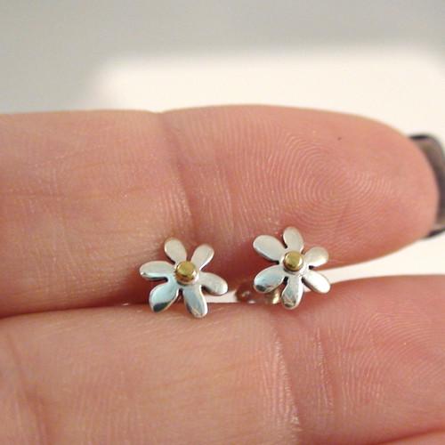 Sterling Silver Daisy Post Earrings