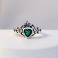 Sterling Silver Emerald CZ Claddagh Heart Ring