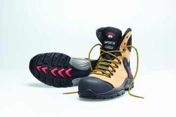 Mack Boots Heeler, Lace Up Water Resistant Hiking Boot, Honey