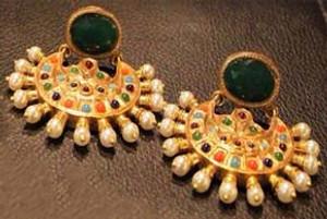 Ladies Gold Plated Earings  Arlington
