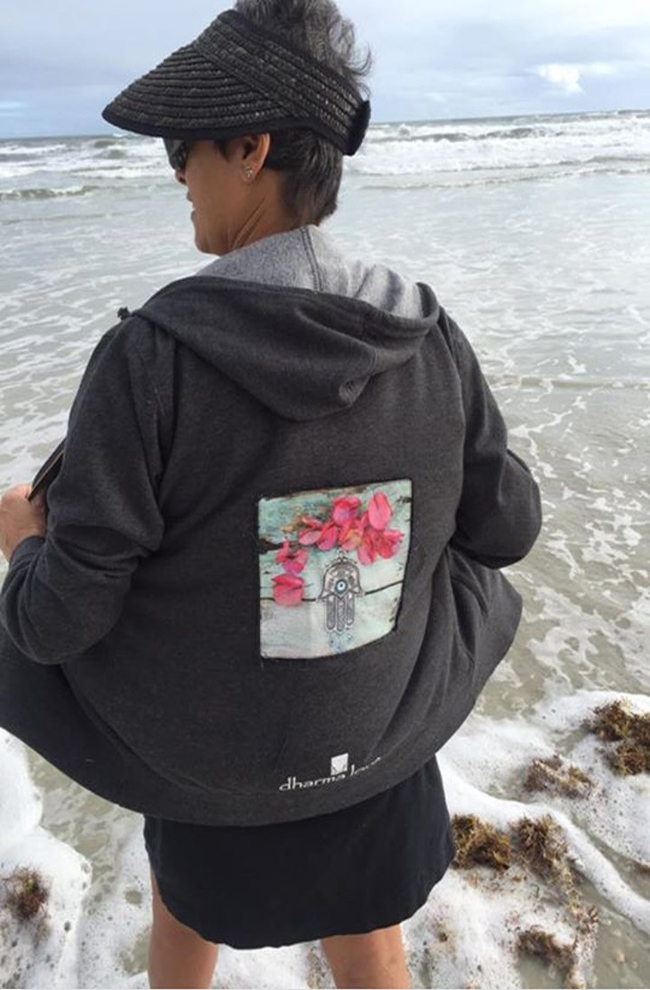 http://cdn2.bigcommerce.com/server5300/pgv2f/product_images/uploaded_images/aunt-deed-back-of-hoodie-web.jpg?t=1509303718