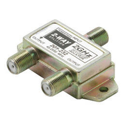 2GHz 90db 2-Way Splitter 1 Port DC Passing