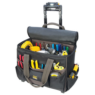 """Tech Gear 17"""" Roller Bag with a Telescoping LED Lighted Handle L258"""