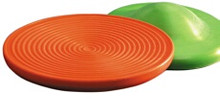 Unlike standard wobble boards, the Deluxe Wobble Board provides circular grooves on the surface for grip and stability.