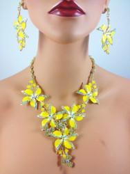 Florabundance Necklace and Earring Set (4 colors!)