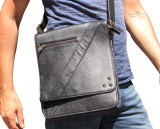 Compact Messenger Bag i20 Black Leather
