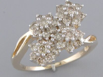 1.02 cts Diamond Cluster Ring 14Kt Yellow Gold Style R54734