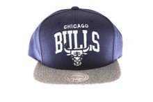 Chicago Bulls Flannel Arch Mitchell & Ness Blue Snapback Hat