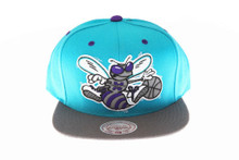 Charlotte Hornets 3M Reflective Underbrim and Logo Mitchell & Ness Teal Snapback hat
