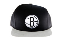 Brooklyn Nets Black and Grey Logo Mitchell & Ness Strapback Hat