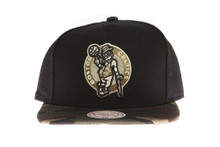 Boston Celtics Combat - Mitchell & Ness Snapback Hat