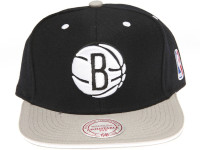 Brooklyn Nets Contrast Sandwich Brim Mitchell & Ness Black Snapback Hat