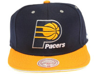 Indiana Pacers Contrast Sandwich Brim Mitchell & Ness Black Snapback Hat