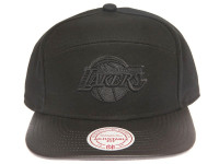 Los Angeles Lakers Blackout Leather Brim Mitchell & Ness Black 5-Panel Strapback Hat