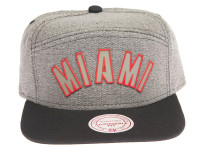 Miami Heat Rubber Logo Mitchell & Ness Grey Denim 5-Panel Strapback Hat