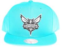 Charlotte Hornets White & Black Logo Mitchell & Ness Teal Blue Snapback Hat
