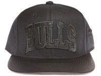 Chicago Bulls Black Leather Brim Blackout Black Mitchell & Ness Strapback Hat
