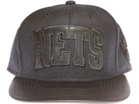 Brooklyn Nets Black Leather Brim Blackout Black Mitchell & Ness Strapback Hat