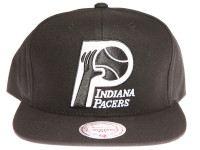 Indiana Pacers Black and White Logo Mitchell & Ness Black Snapback Hat