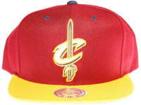 Cleveland Cavaliers Logo Mitchell & Ness 3M Reflective Underbrim Maroon Snapback Hat