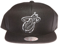 Miami Heat Black and White Logo Mitchell & Ness Black Snapback Hat