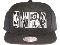 Brooklyn Nets NBA Outline Mitchell & Ness Black Snapback Hat