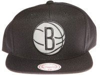 Brooklyn Nets 3M Reflective Material Logo Mitchell & Ness Black Snapback Hat
